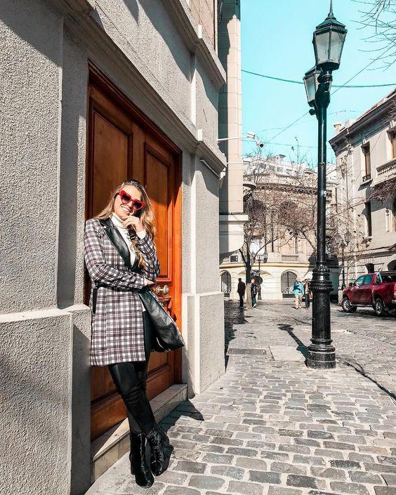 Chile  Santiago  Look do dia  Look inverno  Casaco xadrez  Óculos de coração