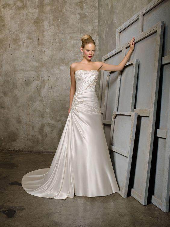 Xanthe-Vestido de Noiva em Cetim tecido elástico - dresseshop.pt