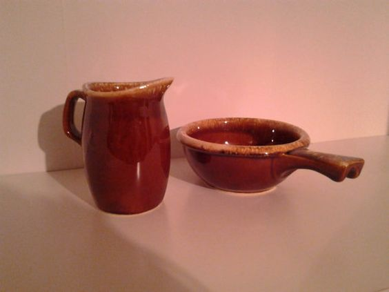 Vintage+Hull+Creamer+and+Small+Pan+Style+Dish+by+WoollyGhoulie,+$18.99