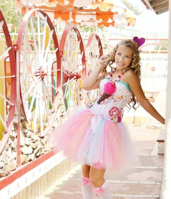 ideen kreative faschingskostüme frauen tutu kleid cupcake korsett