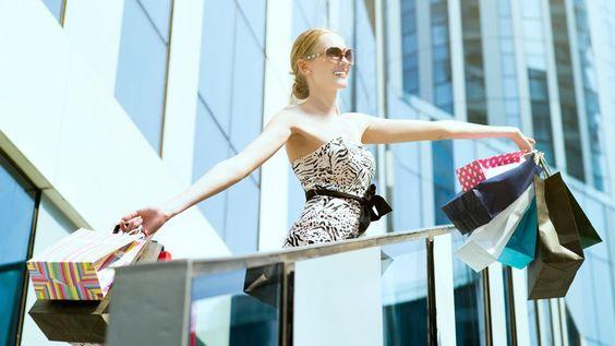 Der Kurfürstendamm zählt aus gutem Grund zu den ersten Adressen für Shopper weltweit. Hier trifft ultimativer Luxus auf hippes Metropolen Flair.