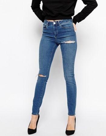 asos asos ridley jean skinny use a genoux et cuisses dechires delave bleu moyen chez asos