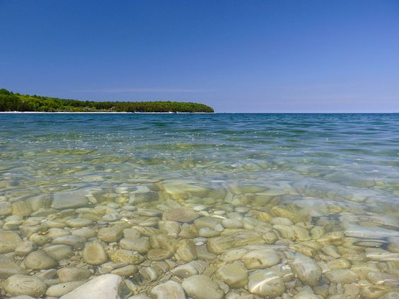 The secluded Pebble Beach located between Ephraim and Sister Bay on the Bay side of the Door Peninsula is a unique spot. The shoreline drops off like a ... & A Weekend in Door County Wisconsin - an easy Midwest travel ... pezcame.com