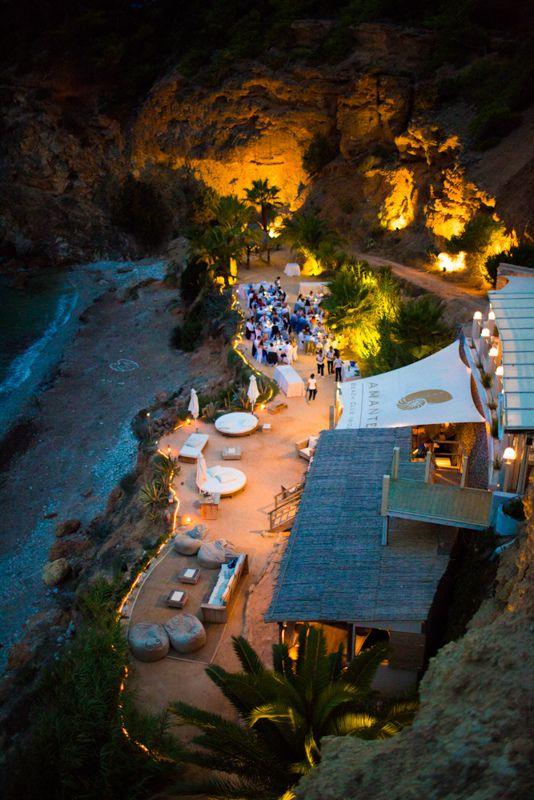 Amante Ibiza, Cala Llonga, España