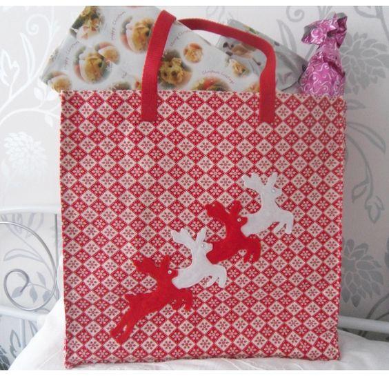 Scandinavian print reindeer gift,shopping bag £10.00