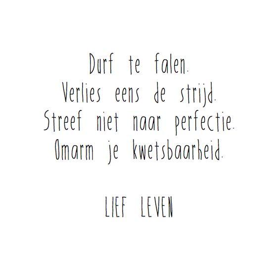 LIEF LEVEN : Photo