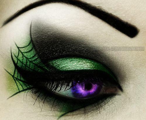 Green Spider Web Eyes #halloweenmakeup: Halloween Costume, Halloween Idea, Halloween Eye, Halloween Makeup, Spiderweb Eye, Costume Idea, Makeup Idea