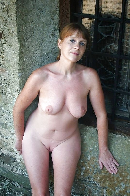 Mature natural shaved nudes