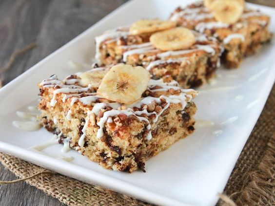Banana-Chocolate Chip-Pecan Protein Bars