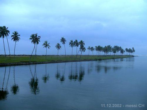 (messi02) Kerala - Backwaters [150°]