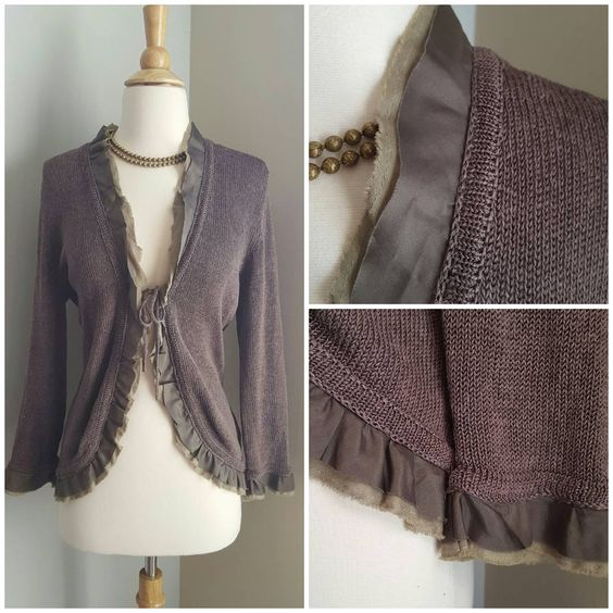 """""""Boden Ruffle Ribbon Knit Cardigan. Size 10. Like new. $20 shipped or $18 shipped bundled.  #boden #bodenforsale #wiw #whatiwore #fashion #ootd #onlineshop…"""""""