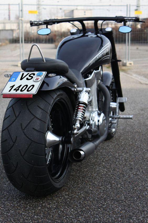 Suzuki Intruder Looks Like What Harley