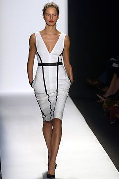 Narciso Rodriguez Spring 2003 Ready-to-Wear Fashion Show: Complete Collection - Style.com