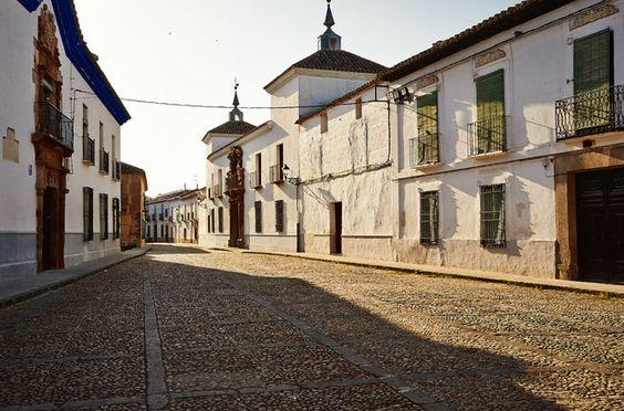 Ruta de las Grandes Rectas Almagro - Alcalá del Jucar - El Castell de Guadalest (400 km).