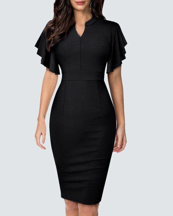 Modelo de Vestido Tubinho preto