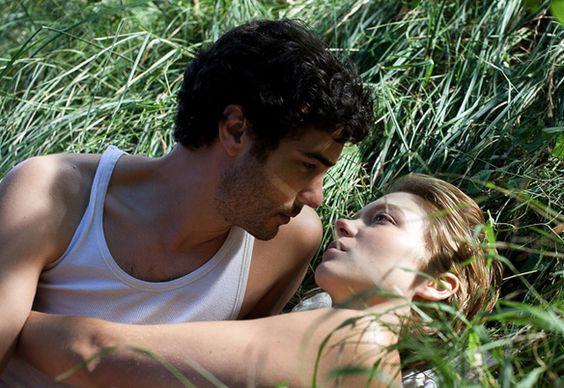 Grand Central (2003) directed by Rebecca Zlotowski: Photo Léa Seydoux, Tahar Rahim