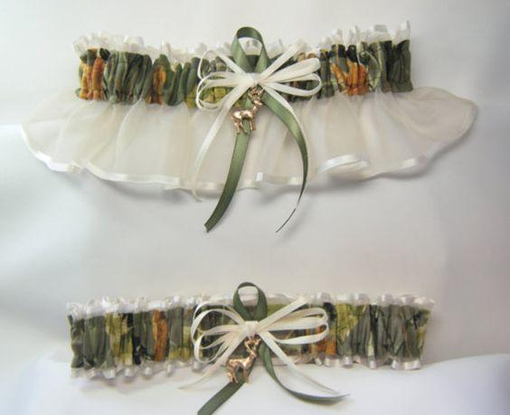 HUNTING AUTUMN Camouflage wedding garters by SheerSatinandLace