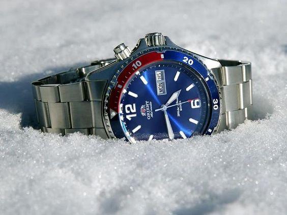 Đồng hồ Orient Mako Pepsi FEM65006DW