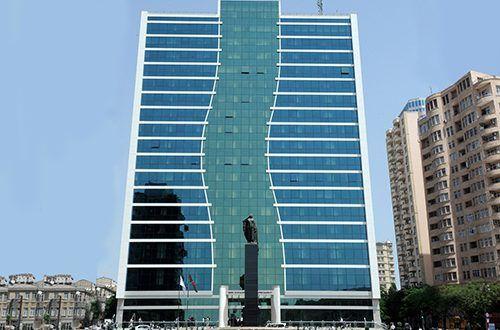 Bu Ay ərzində əmək Pensiyalarinin Indeksləsdirilərək Artirilmasi Nəzərdə Tutulur Vətənnaminə Az Skyscraper Ayr Building
