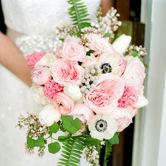How Much Do Wedding Centerpieces Flowers Cost : Bright and beautiful wedding bouquets gardens