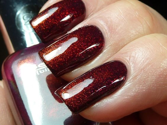 OPI Teas-y Does It with Beyu 209 (Brilliant Shiraz) and Clarins 230 on the tips....like this color very much!
