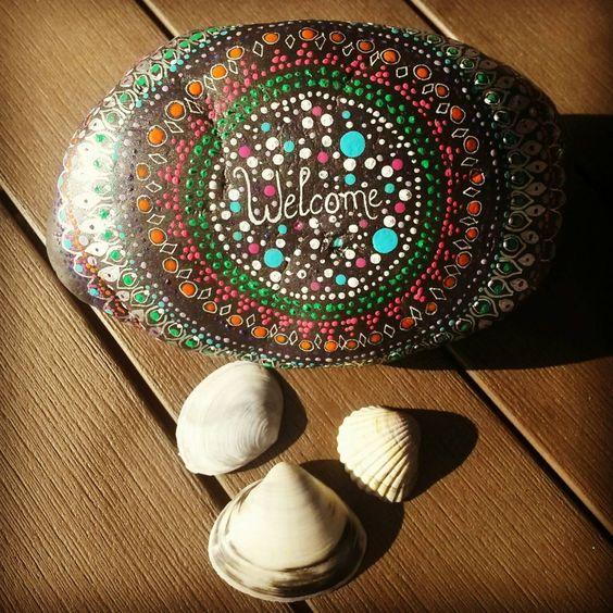 """Handbemalter großer Stein """"Welcome"""" Dotpainting  Dekoration Garten Hauseingang Geschenk Willkommensgeschenk Türstopper von StoneArt2015 auf Etsy"""