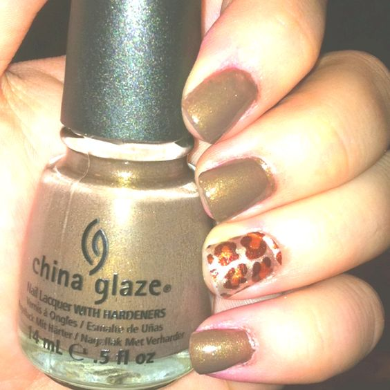 China Glaze: Ingrid <3