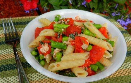 Add to next weeks menu!  http://www.momswhothink.com/quick-and-easy-dinner-recipes/penne-with-asparagus-and-parmesan.html/  Penne and asparagus