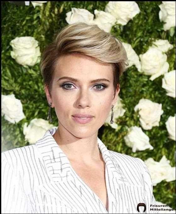 Die 30 Besten Scarlett Johansson Kurzhaarfrisuren In 2020 Bob Frisur Mittellanges Lockiges Haar Haarschnitt