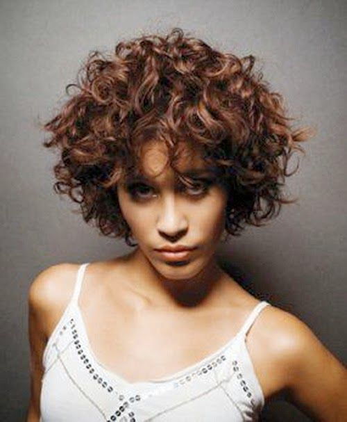 short hairstyles for naturally curly hair: