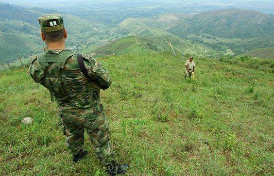 Soldado - Alejandra Parra/Bloomberg News
