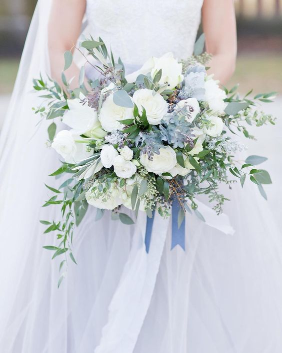 The sun is out today, so go outside and play. LOVE this grey blue gown and matching bridal bouquet. ⠀⠀⠀⠀⠀⠀⠀⠀⠀ Floral By @laruefloral Photo By @mariahartephoto Dress By @mignonettebridalchicago Planning By @ameliacoleevents