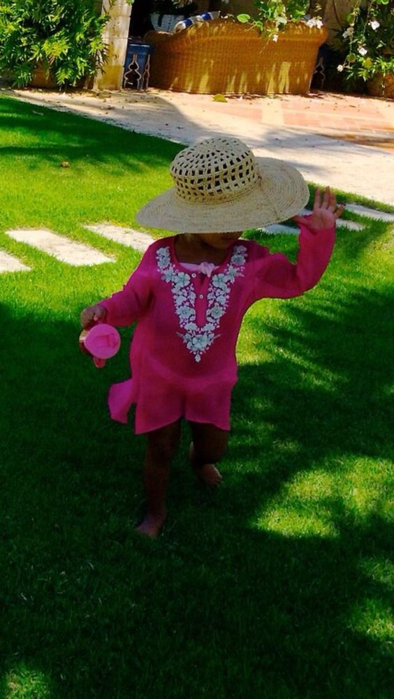 Miss Blue Ivy Carter - ' I'm Wearing Mommy's Hat '