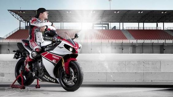 2012 Yamaha R1 limited