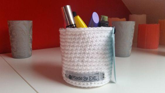 Häkelkörbchen fürs Bad L weiß 9 cm von Made By EvE - Wohndeko selbst gehäkelt auf DaWanda.com