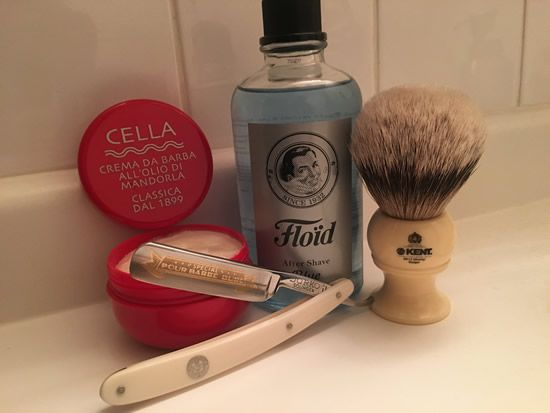 "Cella Crema Da Barba shaving soap, Flöid Blue after shave, near-mint vintage Dorko 101 ""Special"" Pour Barbe Dure straight razor, Kent BK12 king size pure silver tip badger shaving brush, and a comfortable Jnat-honed edge on the Swedish steel."