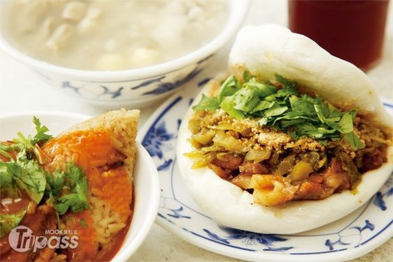 Steamed Sandwich割包: Lan Jia Ge Bao in Gong Guan 藍家割包(公館)