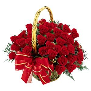 Let's celebrate the love with bloom, Avon India florist gives you a bunch of beautiful red roses decorated with red ribbon bow. Surprise and make your beloved special with big love basket on their Birthday, wedding, anniversary and valentine day.: