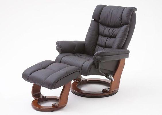 Relaxsessel Toronto Leder Schwarz Fuß Walnuss 8836. Buy now at https://www.moebel-wohnbar.de/relaxsessel-toronto-fernsehsessel-mit-hocker-echleder-schwarz-8836.html
