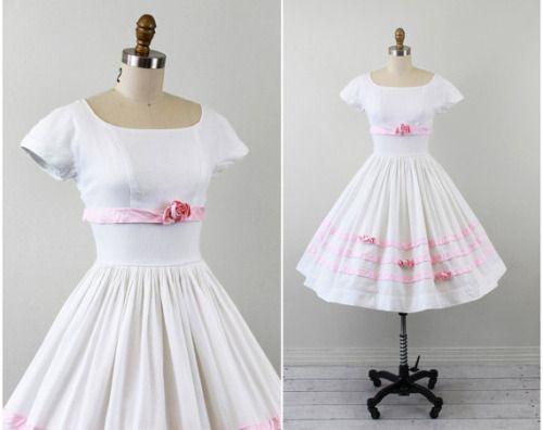 sweetness. vintage 1950s dress @rococovintage @etsy