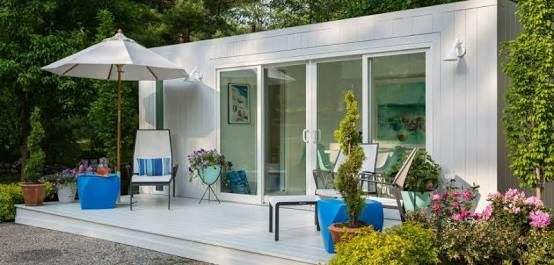 Image Result For How To Camouflage A Shipping Container Pool Houses Container House Pool House