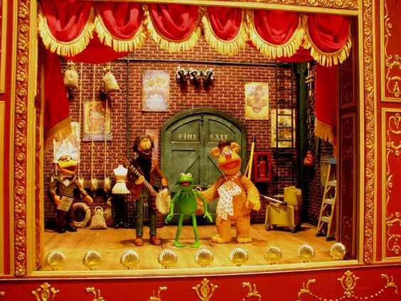 Homemade Muppets Theatre Playset... Amazing!
