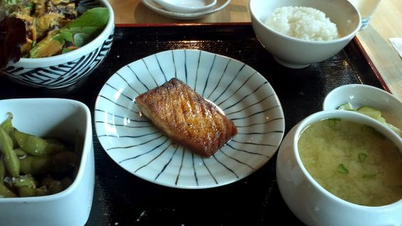 Being and Formulating – Salmon Teriyaki Bento at Cozara