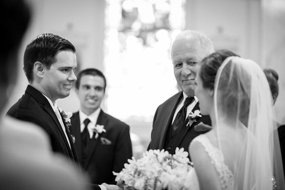 MUST HAVE! Great Groom/father/daughter Wedding Photo