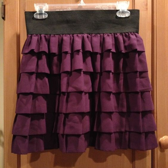 Purple Anthropologie Ruffle Elastic Skirt S Good condition! Used only a handful of times. Anthropologie Skirts