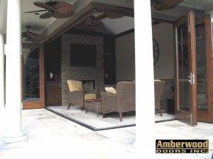 Here is the Amberwood flat sawn white oak Panoramic TM open!