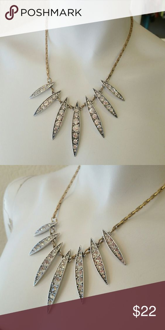 Gold tone sparkly necklace NEW Gold tone tribal sparkly statement fashion necklace  length 18 inch, no trades  Excellent condition T&J Designs Jewelry Necklaces