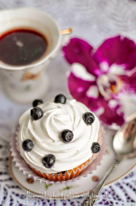 Рецепт необычайно вкусных кексов с черникой, лимоном и нежным белковым кремом капкейки рецепт с пошаговыми фотографиями
