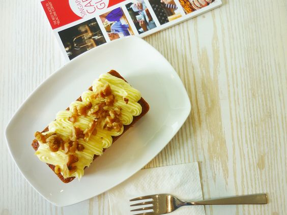Lynn's Cakes & Coffee | Singapore Cafes Guide