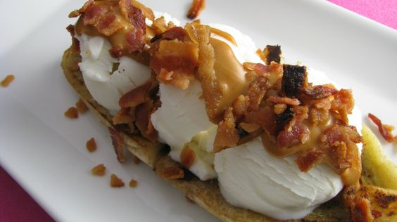 Shut the front door!!!!!!  Banana split with peanut butter and BACON.....marry me?????